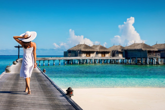 Resorts exclusivos sobre el mar - A romantic honeymoon with butler service at Mexico's first overwater bungalows