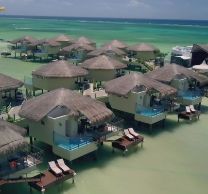 DRONESHOT 428x400 - A romantic honeymoon with butler service at Mexico's first overwater bungalows