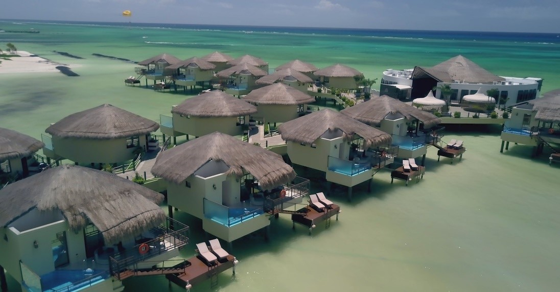 DRONESHOT - A romantic honeymoon with butler service at Mexico's first overwater bungalows